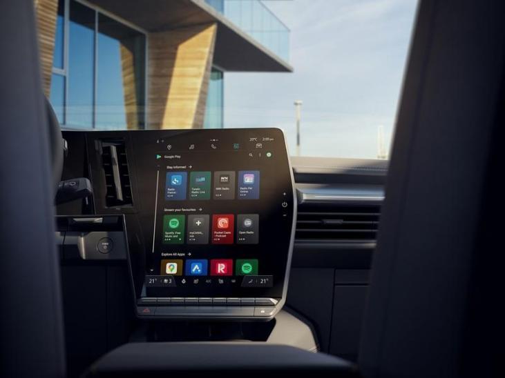 pantalla multimedia del Nuevo Mégane E-TECH 100% eléctrico
