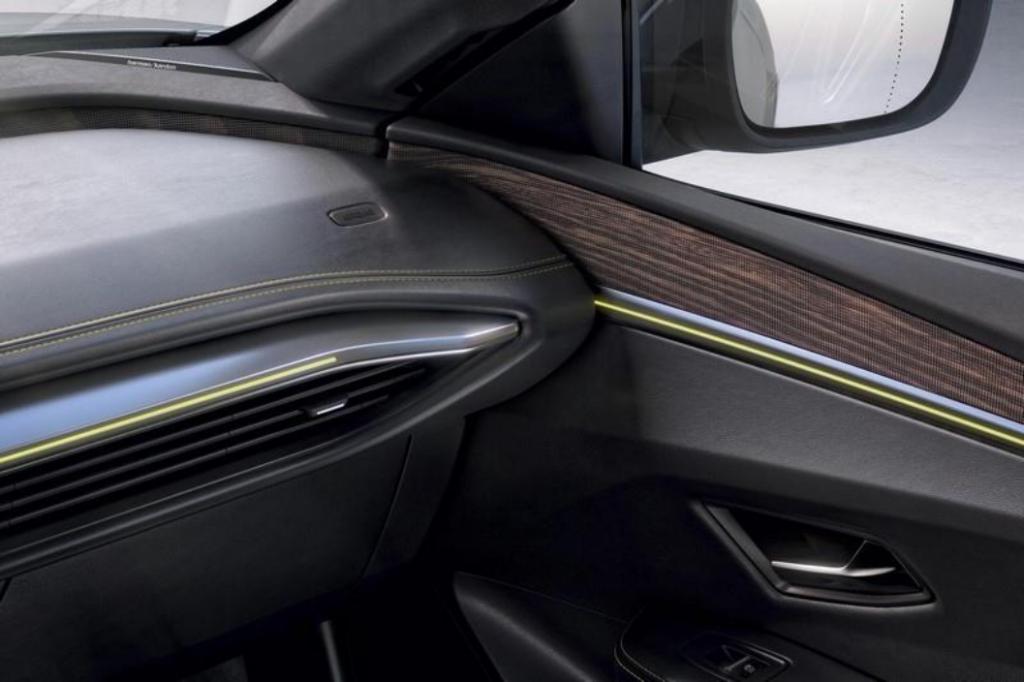 Acabados interiores del Nuevo Mégane E-TECH 100% eléctrico