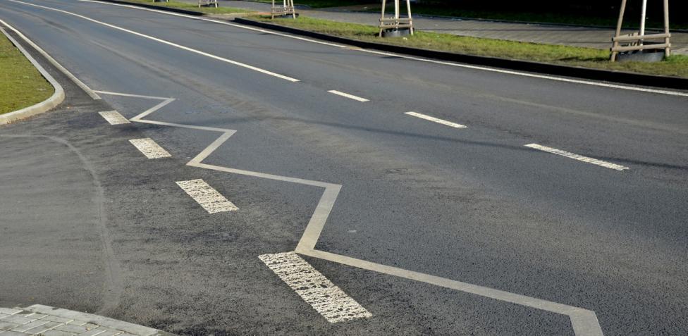 nuevas señales viales - líneas de borde quebradas